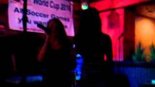 BEE N SADE karaoke