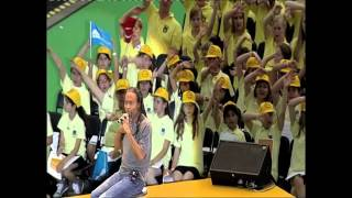 Bobby McFerrin: Circlesong for 60,000 (excerpt)