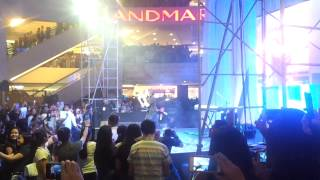 Christina Grimmie - Wrecking Ball (Live in Manila)