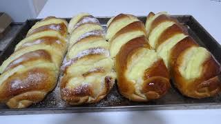 pão costela de Adão com creme de baunilha