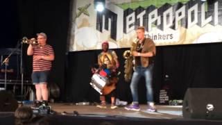 TOO MANY ZOOZ live @ Metropolis 2016