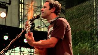Jack Johnson - Upside Down (Live at Farm Aid 2012)