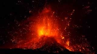 Eruption of volcano Etna: spectacular paroxysm