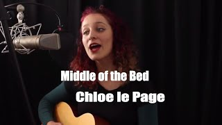 Middle of the Bed (original by Lucy Rose) acoustic cover by Chloe le Page