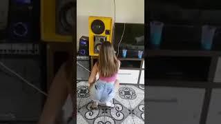 Delicinha dançando vem com bumbum MC NEYMAR