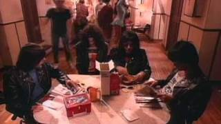 The Ramones - I wanna be sedated (Official Video - HQ)