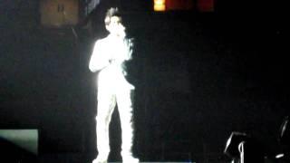 Jay Chou San Jose 2010 Concert: 簡單愛: Jay Chou shakes Bay Area fans' hands Pt. 2