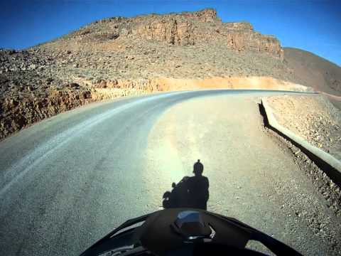 Morocco 7.4.2011 – First Atlas Crossing #8 – Sunset Descent to Gorge du Todra