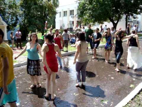 Vardavar in Kiev ثنية عطلة أرمينيا Վարդավառ Київ アルメニア