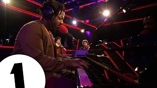 Sampha - (No One Knows Me) Like The Piano