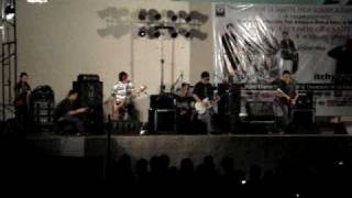 Itchyworms Live @ ULSHS Part 1