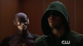 Arrow and The Flash - Superhero/Supervillain Fight Club