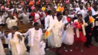 Plein de force, plein d'amour, plein de gloire au groupe de prière Christ est Vivant 25 05 15