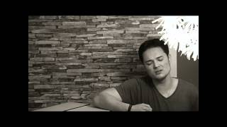 Hurt Lovers - Blue ( Official Musicology2011 Acoustic Cover )