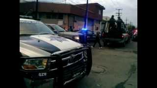 Balean a C-kan y llegan los soldados y policias en Mty por gente muerta 2013 (EXPO HIP-HOP)