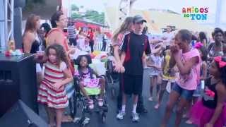 Folia dos Amigos do Ton | Desfile Escolas Mirins Sapucaí - Carnaval 2014