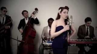 Beauty And A Beat  (Vintage 1940's Swing Justin Bieber / Nicki Minaj Cover)