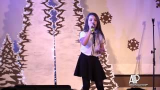 Świetny występ młodej wokalistki podczas XVII Festiwalu Kolęd i Pastorałek w Lwówku