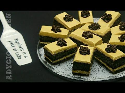 Prajitura Jojo cu crema de ciocolata si unt de arahide