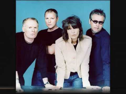 Walk Like A Panther de Chrissie Hynde Letra y Video