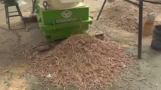 2017 new designed efficient  wood pellet machine