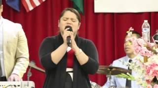 Jacqueline Martinez- Mereces La Gloria Cover