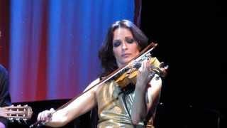 Sharon Corr toca As Rosas Não Falam no HSBC Brasil SP - 20.10.13
