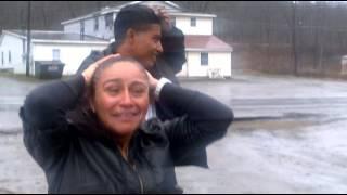 Madre vuelve a ver a su hijo después de 15 años.