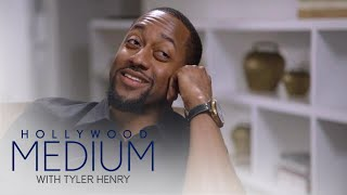 Jaleel White Breaks Down Over Costar's Death | Hollywood Medium with Tyler Henry | E!
