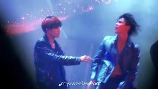 141005 PrettyBoy TAEMIN (태민) feat. KAI (카이) SMTOWN in TOKYO - KAI focus -