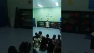 Minha primeira coreografia - Laura Ellen - Lar de Maria - 28/09/2016