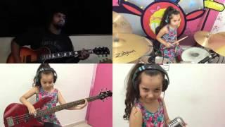 Eduarda Henklein (6 years ) cover AC/DC - TNT (Com  Bruno Leonel Sanchez)