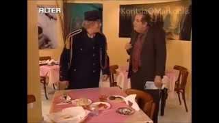 Κορίτσια Ο Μάρκουλης - Θέλω ένα τραπέζι (Αστεία Σκηνή)
