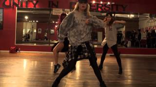 Carousel-Melanie Martinez Choreo by Anze