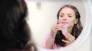 How To Use: Veet® Face Wax Strips width=