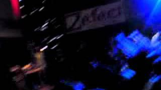 Pokahontaz-wstrząs dla mas (live) 9.09.2011 Radom G2