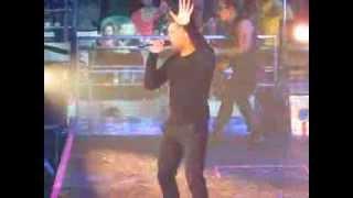Ricky Martin - La Bomba live in Melbourne, Australia 5th October 2013