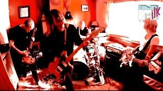 Milk Teeth - Linda (Official Music Video)