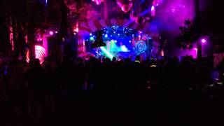 TomorrowWorld Moon Boots drops Disclosure- Help Me Lose My Mind (Paul Woolford Remix)