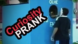 Curiosity Gives Pie in the Face - Brazil Prank