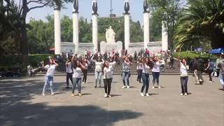 HEY DJ CNCO flashmob Mexico