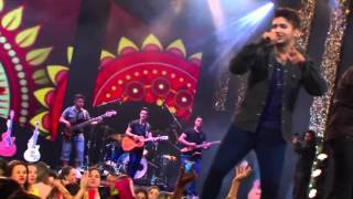 Henrique & Juliano - Vai Brincando (Live in Palmas) [Official Video]