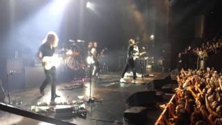 The Neighbourhood 15.03.2016 - R.I.P. 2 My Youth (shaky cam) Live in Utrecht, Tivoli