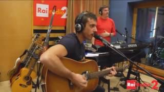 "Francesco Gabbani: ""Svalutation"", live, 23.02.2016, radio2"
