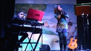 * 'A tazza 'e cafè * Live canta ANTONELLA BARRA - cover classico napoletano Piano e Voce