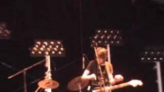In The Go    Rebound  -  Live  -  Arctic Monkeys ( support group) Split/Prokurative