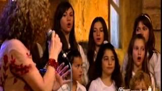 Γλυκερία-Παιδική Χορωδία Σπύρου Λάμπρου...Δεν έχω πολλά (live)