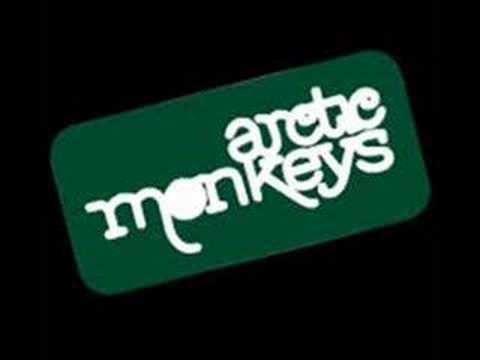 arctic-monkeys-still-take-you-home-cziczeko