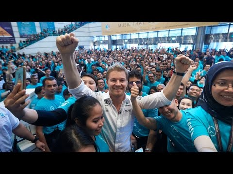 An F1 Champion?s Welcome for Nico Rosberg in Kuala Lumpur!