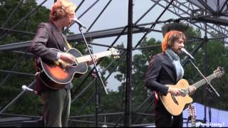 Kings of Convenience-I Don't Know What I Can Save You From @Seoul Jazz Festival 2013